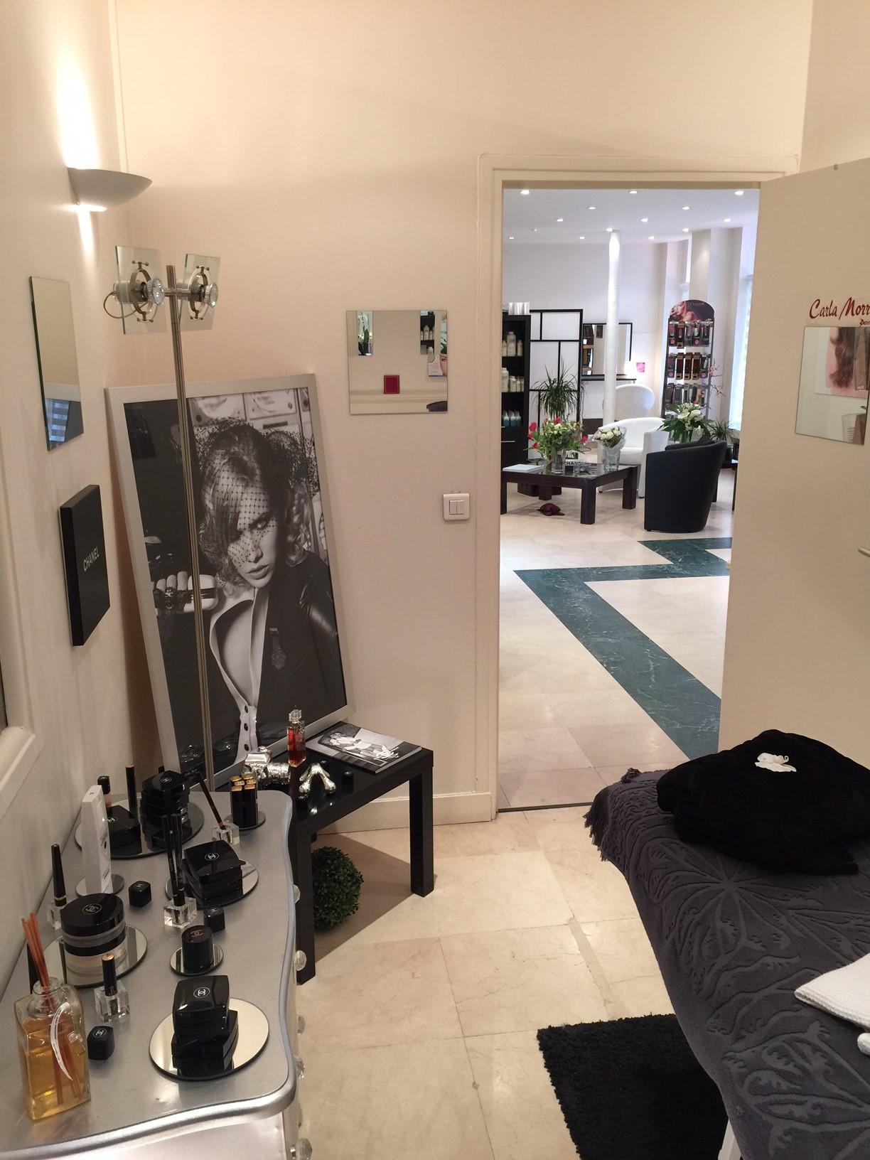 Coiffure ultra paris lannaginasisi blog for Miroir coiffure st augustin